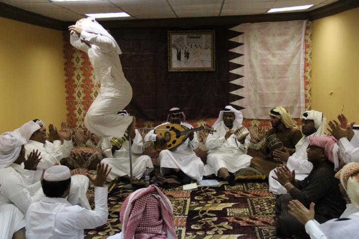 sowt music and zifān dance, with oud and mirwās drums in Qatar - photograph Rolf Killius
